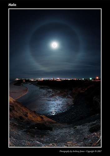 Moon Halo Meaning
